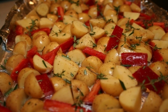 Roasted Baby Potatoes with Red Peppers - Start