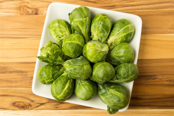 Roasted-Brussel-Sprouts-with-Garlic-and-Lemon-1